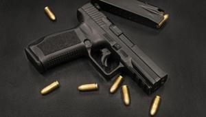 Kahvehanede Karşılaştığı Husumetlisini Silahla Öldürdü