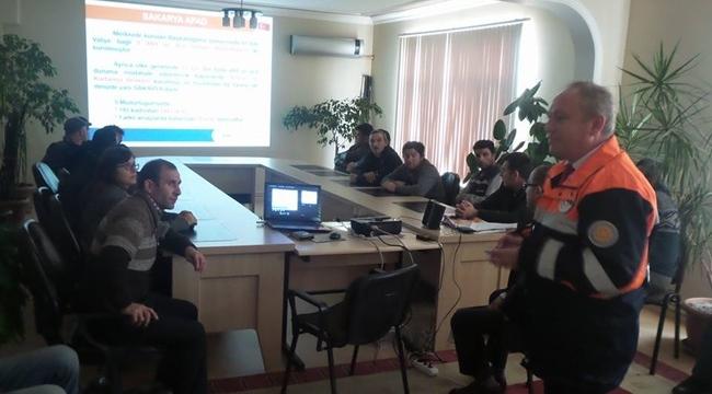 Karapürçek Belediye Personeline AFAD'tan Afet Bilinçlendirme Semineri
