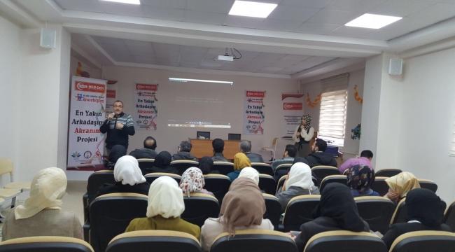 MEB-DER Suriyeli Ailelere Akran Zorbalığı Konferansı Düzenledi