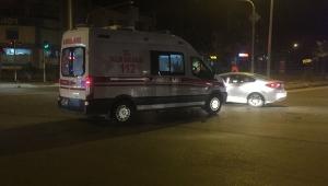 Hasta Sevkine Giden Ambulans Kaza Yaptı