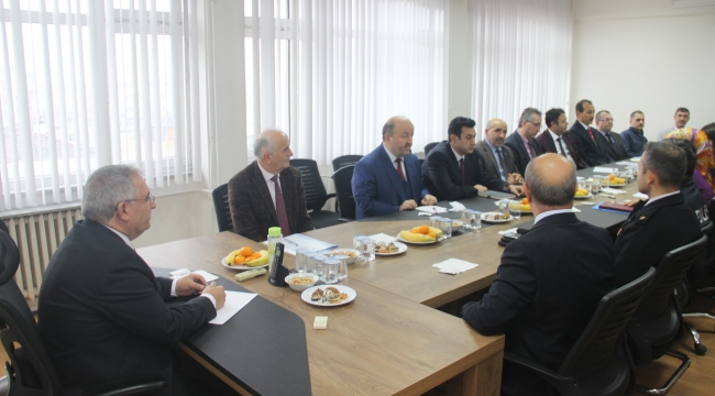 Vali Nayir Kaynarca'yı Ziyaret Etti