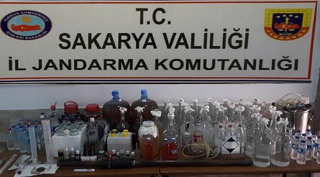Karasu'da Kaçak İçki Operasyonu! 3 Gözaltı
