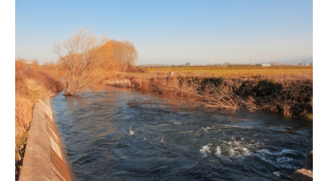 Çark Deresi'nin Kapakları Açıldı Sakarya Su Sıkıntısı Çekmeyecek