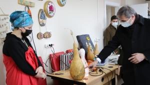 Başkan Yusuf Alemdar, Serdivan Halk Eğitim Merkezi'ni Ziyaret Etti